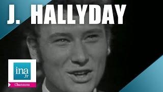 """Johnny Hallyday """"Quand revient la nuit"""" (live) - Archive vidéo INA"""