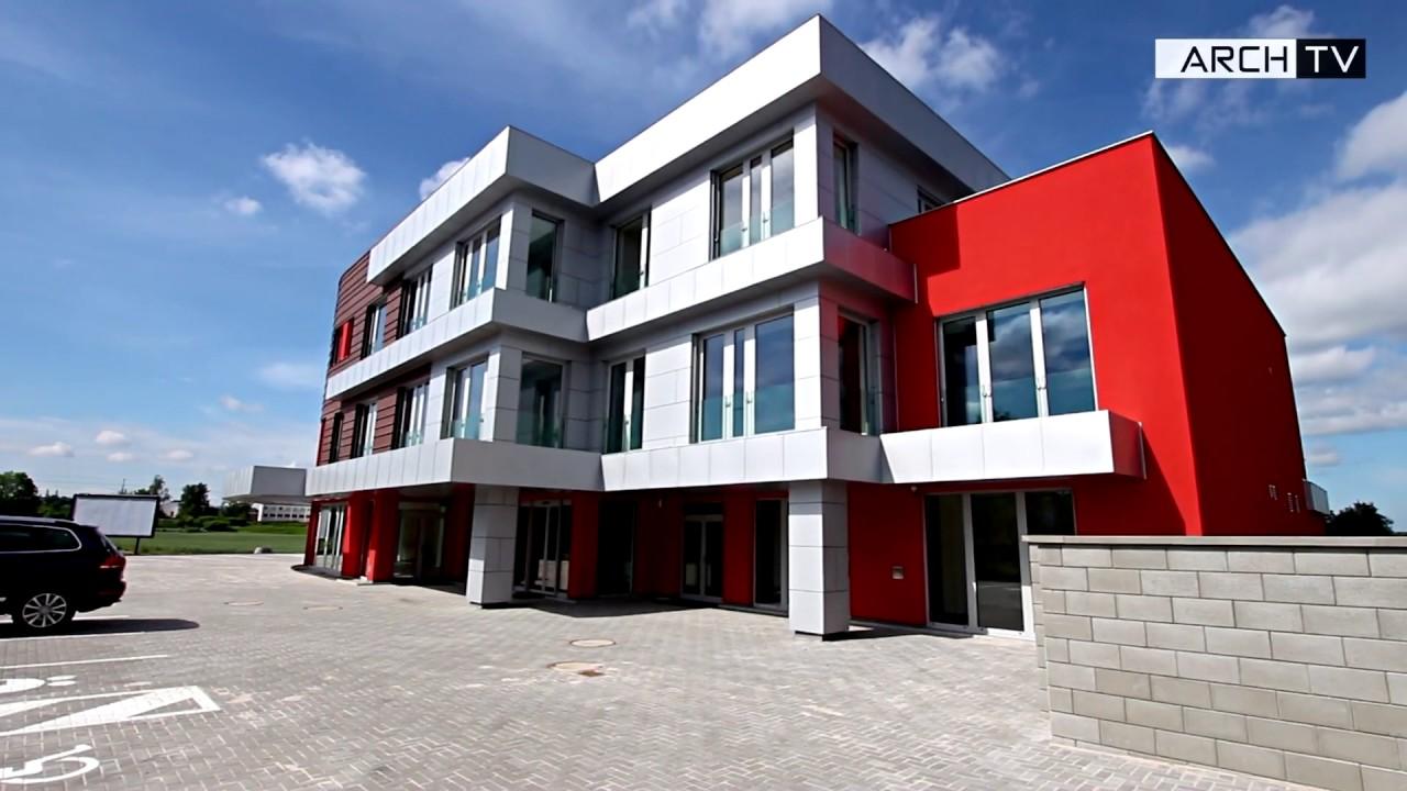 Kovová fasáda administrativní budovy RAALTRANS je celá z materiálů Prefa Aluminiumprodukte