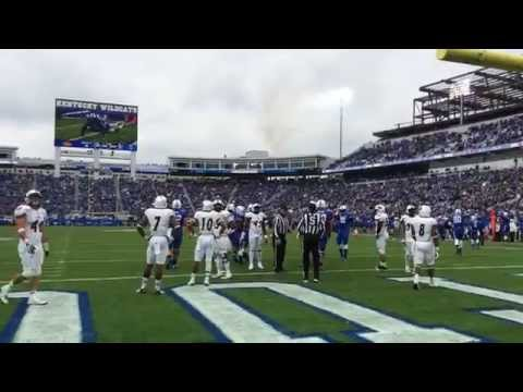 Javess Blue's Crazy One-Handed Grab For A Kentucky Touchdown