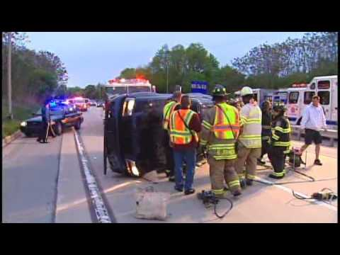 Woman hurt in crash [Delaware Online News Video]