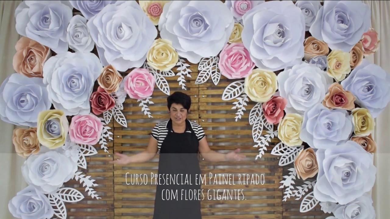 Curso Presencial de flores gigantes em painel ripado YouTube -> Decoração De Aniversário Com Flores Gigantes