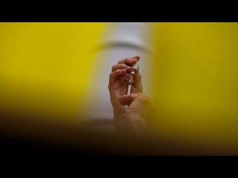 Страны ЕС ускоряют вакцинацию