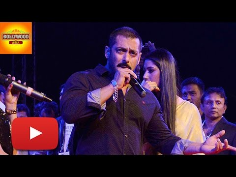 Salman Khan SINGING LIVE On Stage | HANGOVER