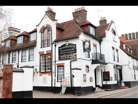 Amesbury , village  in UK, wiltshire, hotel, cottage, visit Stonehenge