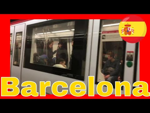 Barcelona Metro Metro de Barcelona at Universitat Station Video 25 2 2017, 15 22 14