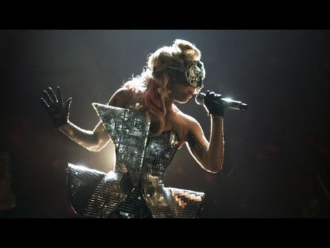 Lady Gaga - The Fame Ball - ACT I (Live From V Festival 2009)