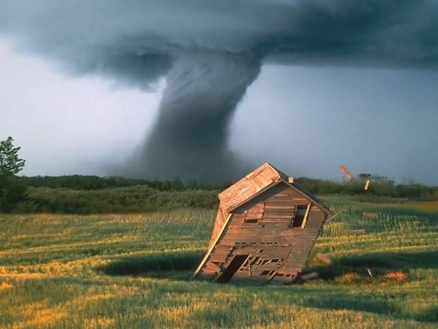 Tornado Survival Season 4 W/ Quinn Ep 4!