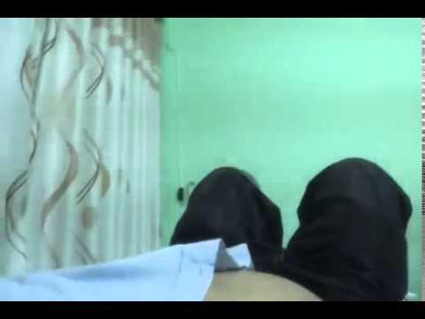 Gái massage bị quay lén trong phòng
