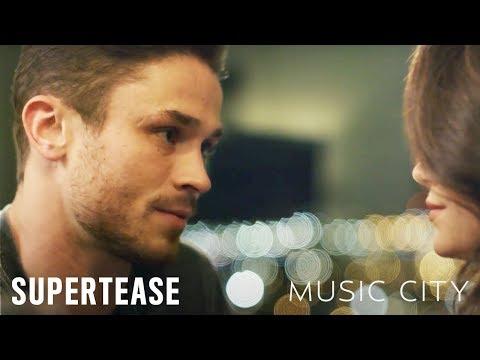 MUSIC CITY on CMT   Supertease