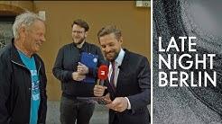 Passantenbefragung: Sind Klaas' Witze eigentlich lustig? | Late Night Berlin | ProSieben