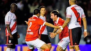 Independiente goleó a River en Avellaneda