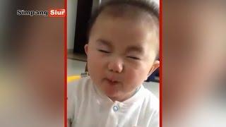 Bayi Imut Makan Jeruk Asam Lucu Banget Bikin Ngakak - \