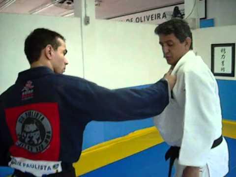 Aprenda boas quedas para o Jiu-Jitsu