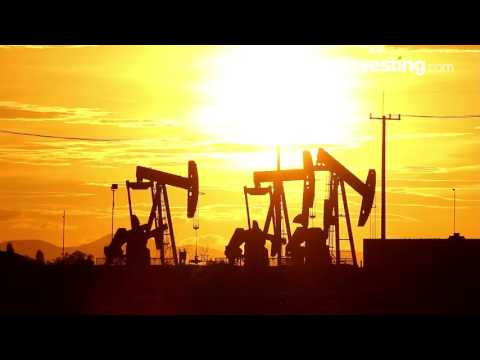 Oil Turns Higher Ahead of Official Stockpile Data