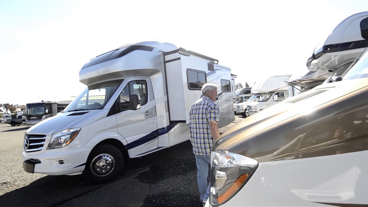 The RV Corral 2018 Tiffin Wayfarer 24TW Stock # NC603