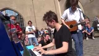 NICOLA TENINI - AMAZING BOOGIE WOOGIE JAM SESSION! - STREET PIANO MUNICH 2013 - PLAY ME I