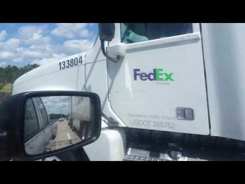 FedEx Shipping Freightliner Columbia 120