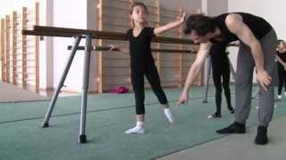 Урок классической хореографии для художественной гимнастики - 3(Занятие классической хореографией в младшей группе по художественной гимнастике. Преподает - Калинков..., 2013-10-21T19:07:37.000Z)