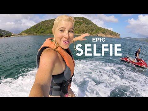 Selfie Video Around the World in One Minute