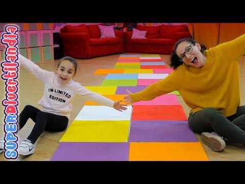 Camino de las 'Delicias'! Andrea y Raquel en SUPERDivertilandia.