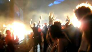 Crystal Castles Alice Glass Close Leeds Fest 2010 (poor sound quality sorry)