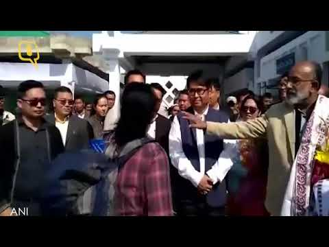 Angry Passengers shouts to Union Minister KJ Alphons ar imphal Airport
