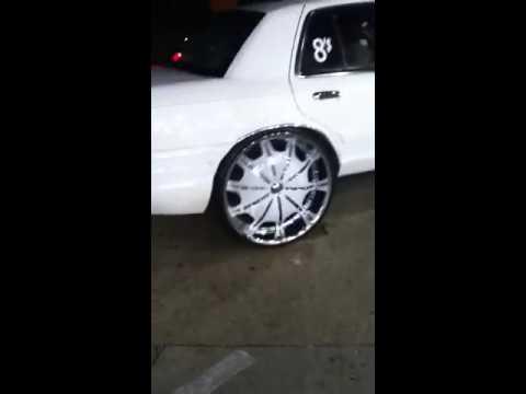 Conversion Van On 26s >> Van on 26' forgi crownvic on 28' stuntfest 2k13 | Doovi