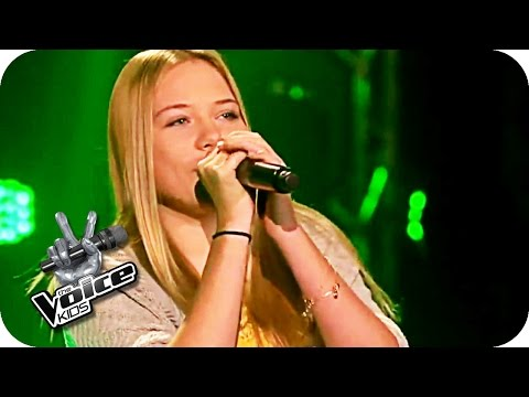 Christina Perri - A Thousand Years (Amely) | The Voice Kids 2016 | Blind Auditions | SAT.1