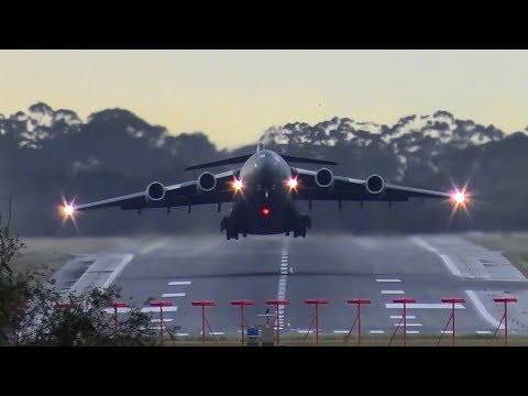 INCREDIBLE RAAF Boeing C-17 Globemaster HEAD-ON Takeoff ● Me