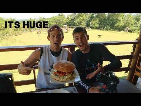 MINDANAOS BIGGEST BURGER!! (Awesome food of the south ft KULAS)