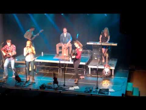 The Willis Clan - Speak My Mind Tour - Eau Claire WI 2018 0922