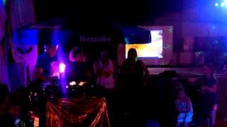 Karaoke Roucan west vias plage!!