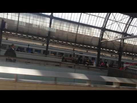 Intercity Direct vertrekt van Amsterdam Centraal