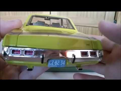 1971 Dodge Dart Swinger 1:18 Highway 61 diecast car