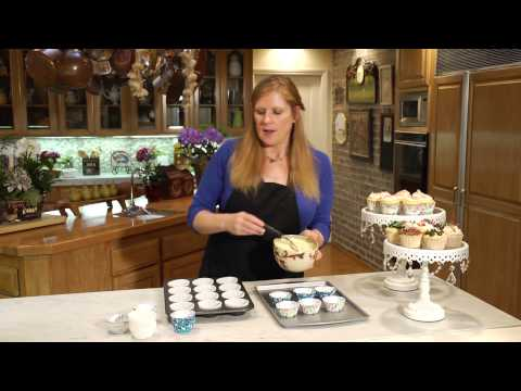 Paper Baking Cups vs. Foil Baking Cups : Food Presentation & Cooking Techniques