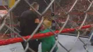 Vince Mcmahon vs Hornswoggle (steel cage match)