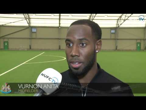 Rafa Benitez and Vurnon Anita focus on Newcastle's game at QPR