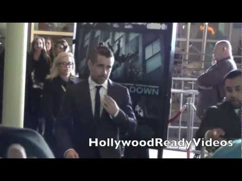 Colin Farrell Greets Fans at the Dead Man Down Premiere in Hollywood!