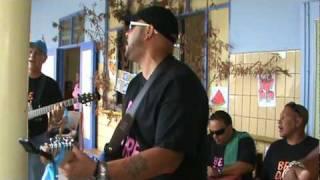 Rincon Boyz: Subi na este Sero, den seco na school pa muchanan speciaal, 2010
