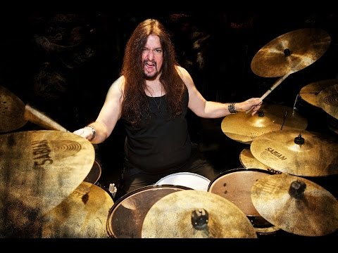 GENE HOGLAN On TESTAMENT, DARK ANGEL New Album, FEAR FACTORY & Programmed Drums (2015)