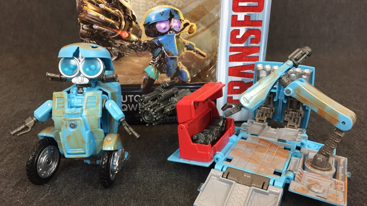 Transformers Premier Edition Autobot sqweeks New Deluxe Figure