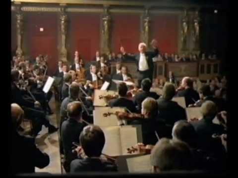 An introduction to Shostakovich's Symphony No  2   Classical-Music com