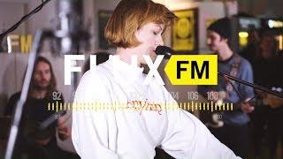"Charlotte Brandi – ""Two Rows"" live @FluxFM"