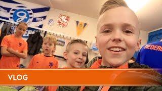 Jonge Leeuwen-Vlog: Jens (10) loopt mee bij Jong Oranje
