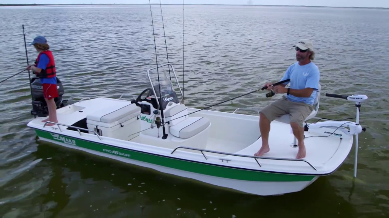 MAKO Boats: Pro Skiff 16 CC Ins Fishing Boat - YouTube