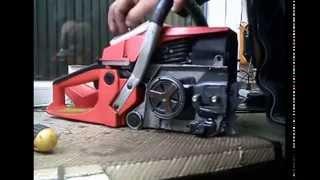 Обзор. Ремонт бензопилы. Ремонт стартера(В этом видео показано видео о ремонте бензопилы. В частности как снять и поставить вариатор. Как восстанови..., 2015-01-20T05:45:38.000Z)