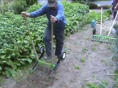 La Campagnole un nouvel outil de jardin - YouTube
