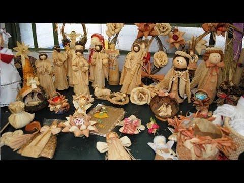 Clique e veja o vídeo Curso Artesanato em Palha de Milho - Bolsas, Caixas, Baús, Cestos, Bonecos e Outros