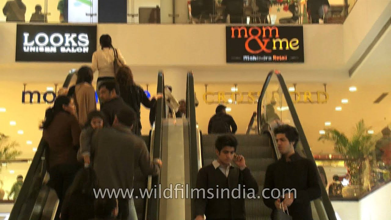 5aa404ea Tommy Hilfiger store at Select Citywalk - YouTube