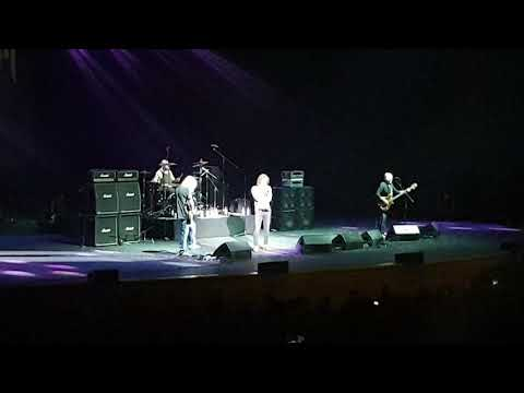 Nazareth - Holiday - Live In Crocus City Hall (Moscow, 07/02/2019)